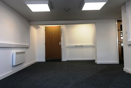 Suite A, The Boot Inn Office, Grendon, Atherstone, Warwickshire
